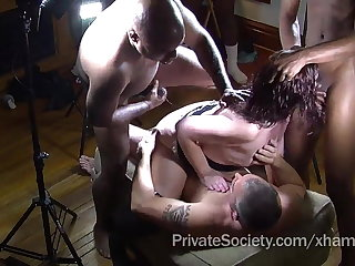 The Private Pairing Gangbang Surpass For Lonely Housewives