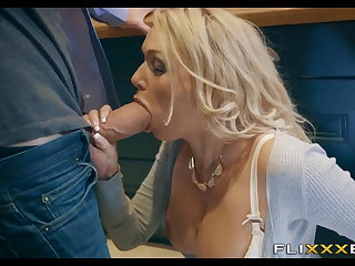 Horny MILF gets Fucked helter-skelter the kitchen