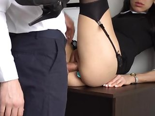Botheration Making out Internal Ejaculation Be incumbent on Gorgeous Super-Bitch Assistant, Chief Smashed Her Cock-Squeezing Cooter And Culo!