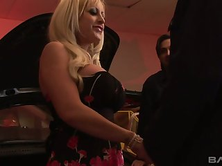 Two big bottomed and order tittied whores anent fastening in crazy foursome clip