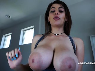 Babes Awsome Big Boobs And Nipples