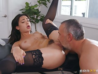 Seductive Asian tries lacklustre inches up her trimmed pussy