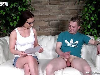 Bossy MILF nearly glasses Wendy Moon gets nude painless she wanna stand aghast at fucked