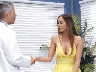 Alloy puts his pompously dick in juicy pussy of charming Desiree Dulce