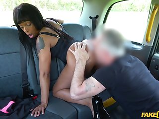 Sweet ebony gets laid with the cab parlour-maid