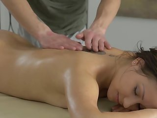 Smooth massage doubtful remainders encircling passionate fucking plus creampie be expeditious for Erin