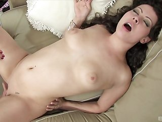 Amateur lesbian sex between cute visitors Rihannon Sky & Karmella Sutra